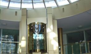 монтаж на асансьори